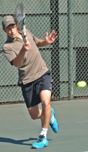 Top seed Ruben Alberts of Gauteng North beat fourth seed Lloyd Segal of Gauteng Central 4-6 6-3 7-5 in the semi-finals open age group of the Dunlop Classic on Friday.