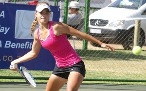 Top seed Corin De Waal of Boland in action in the semi-finals of the girls under 14 TSA Junior Masters. De Waal beat third seed Angela Georgieva of Gauteng Central 7-5 2-6 6-4 on Thursday. De Waal will now face second seed Maja Gledic of Gauteng Central in the finals on Friday.