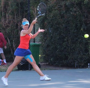 Top seed Lee Barnard of South Africa in action in round two of the SAS ITF Junior 2 in Stellenbosch. Barnard beat unseeded Eva Vedder of Netherlands 6-2 6-1 on Tuesday.