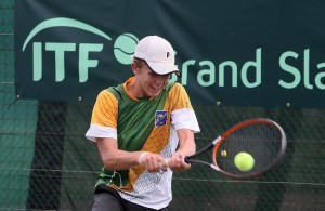 South African Philip Henning of Bloemfontein in action during the finals of the African Junior Championships on Saturday. Henning lost to Egyptian Yousef Khamis 6-7 (4) 2-6 at the University of Pretoria.