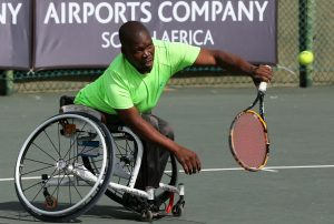 Defending champion Danny Mohlamonyane moved into another Soweto Open decider with an untroubled semi-final win. The second seed Mohlamonyane had a 6-1 6-1 victory over compatriot Queen Nhlapo and will next play top seed Bongani Dlamini.