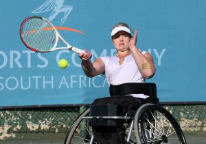 Women's top seed Mariska Venter stunned top junior Nokwanda Hlongwane 6-2 6-1 in the semi-finals on Saturday at Arthur Ashe Tennis Center in Jabavu, Soweto to set-up a final clash against Nalani Buob from Switzerland.