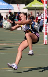 Lindie Lombard has been named by Netball South Africa as the replacement for the injured Captain Maryka Holtzhausen for Quad series against Australia, New Zealand and England from the 27th August this month to the 4th September 2016 held in both New-Zealand and Australia.