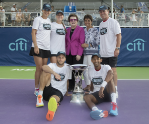 The San Diego Aviators were crowned 2016 Mylan World Team Tennis (WTT) Champions. Here the Aviators are pictured with the winning King trophy. Pictured back (left to right) Darija Jurak (Croatia), Shelby Rogers (USA), Billie Jean King co-founder of WTT, Ilana Kloss CEO of Mylan WTT, John Lloyd (Great Britain) coach. Front left to right Ryan Harrison (USA) and Raven Klaasen (South Africa). The San Diego Aviators beat the Orange County Breakers in the final played at Forest Hills, New York on Friday.