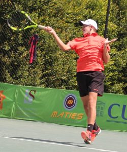 South African unseeded wild card, Philip Henning won through to the second round of the men's Digicall Futures 3 international tennis tournament being played at Stellenbosch. Henning beat unseeded Tyler Hochwalt of USA 7-6(4) 6-2.